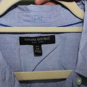 Banana Republic Tops - Banana Republic Button Up Shirt
